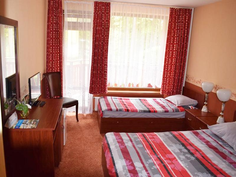 Нощувка на човек със закуска в хотел Калина, Боровец, снимка 4