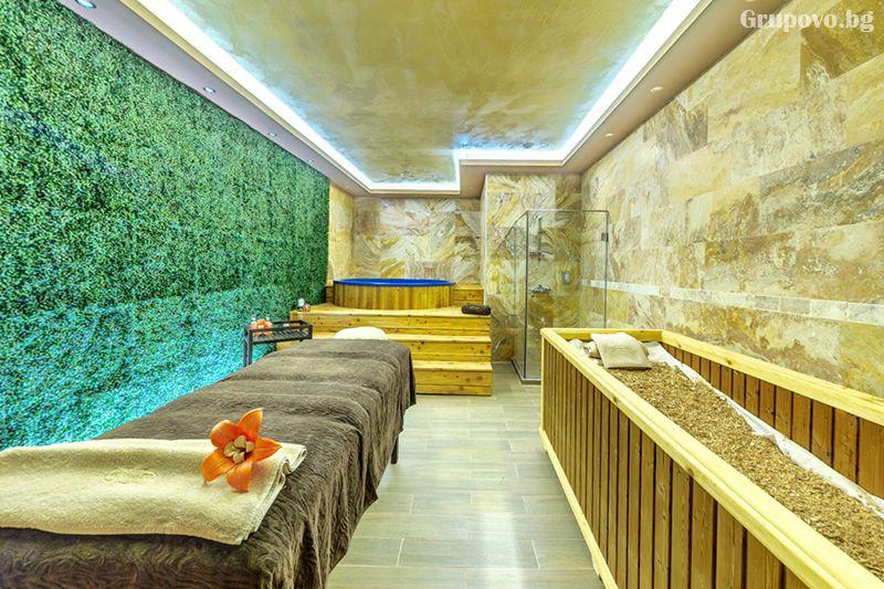 Делнична нощувка за ДВАМА със закуска + минерални басейни и СПА в Инфинити Парк Хотел и СПА****, Велинград, снимка 11