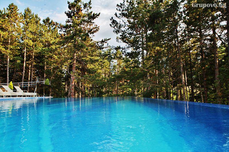 Делнична нощувка за ДВАМА със закуска + минерални басейни и СПА в Инфинити Парк Хотел и СПА****, Велинград, снимка 37