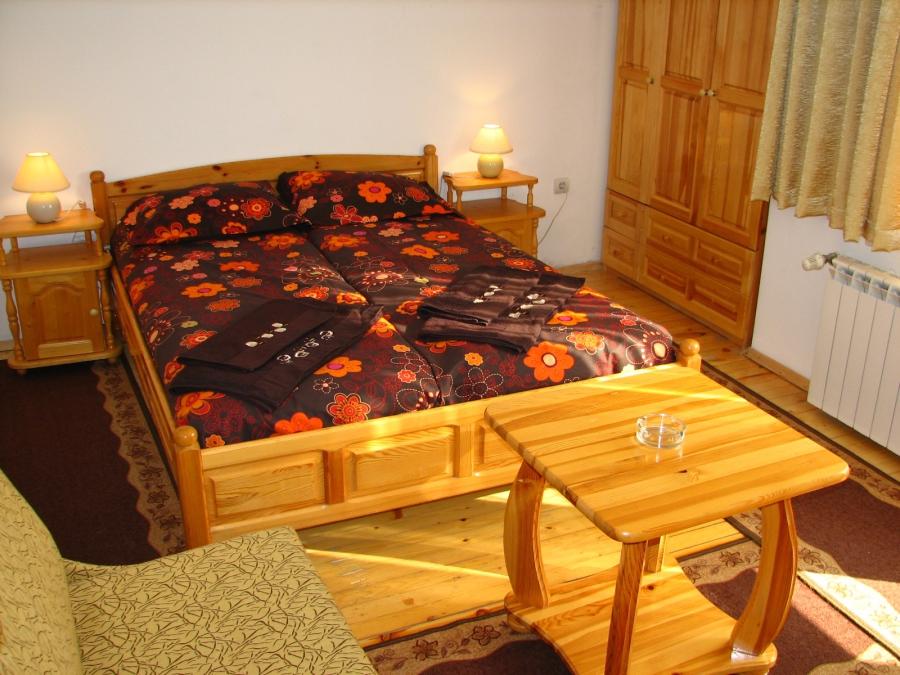 2+ нощувки на човек със закуски и вечери от семеен хотел Боянова Къща, Банско, снимка 4