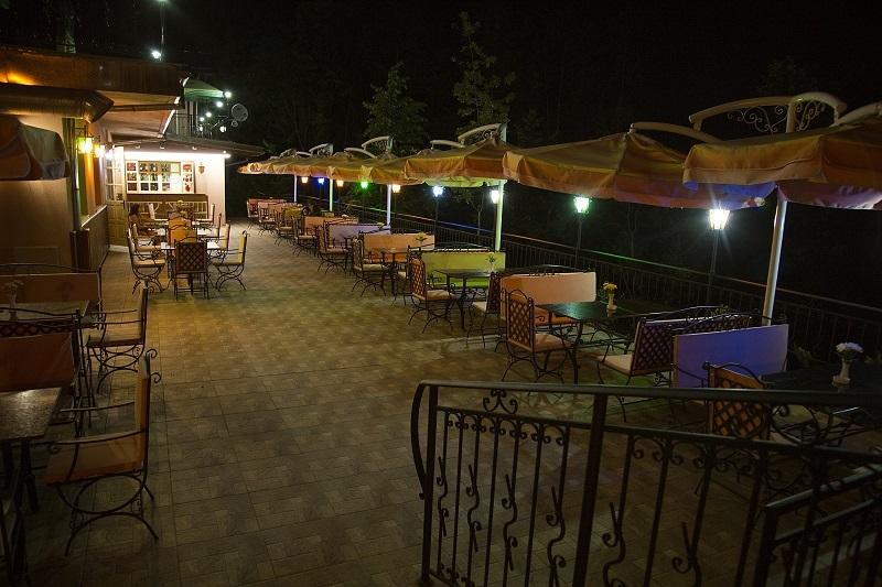Великден край Дряново. 3, 4 или 5 нощувки на човек със закуски, обеди и вечери - едната празнична в Комплекс Поп Харитон, снимка 7
