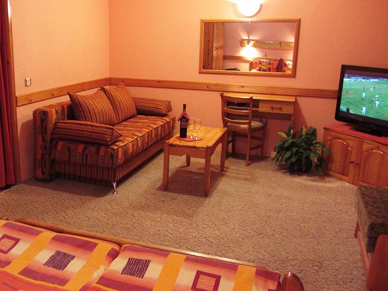 Хотел Савов, Чепеларе, снимка 2
