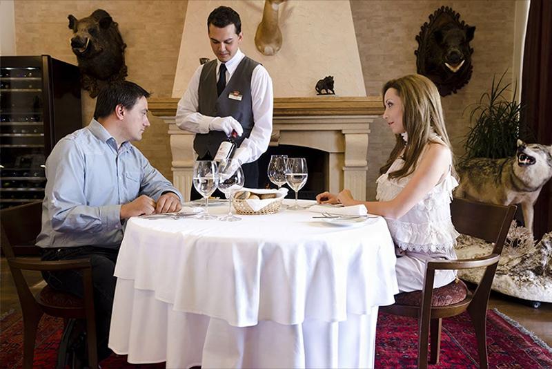 НЕДЕЛЯ в хотел Риу Правец! Нощувка със закуска и вечеря за ДВАМА + басейн, СПА и голф пакет, снимка 16