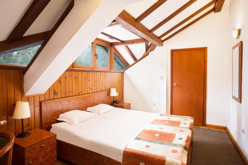 Хотел Виктория, Боровец