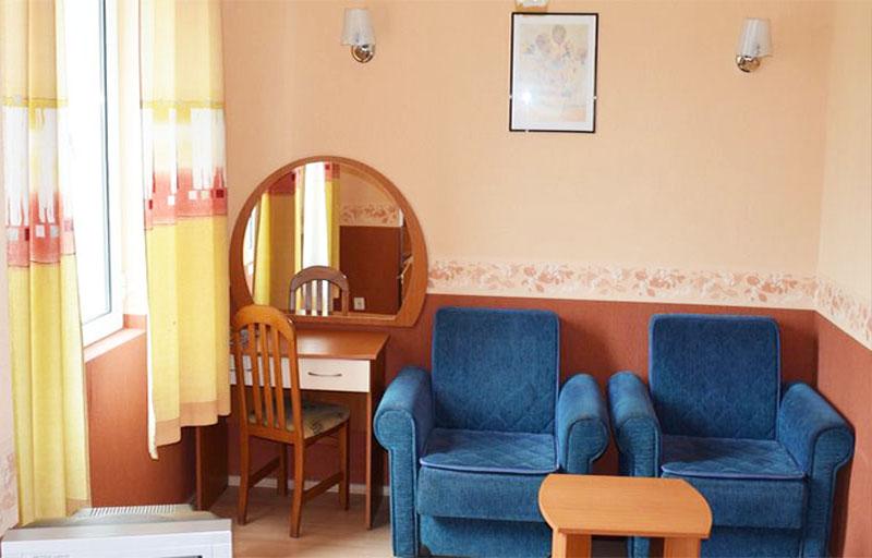 2 или 4 нощувки на човек със закуски, обеди и вечери + вътрешен басейн с минерална вода от хотел Дружба 1, Банкя, снимка 5