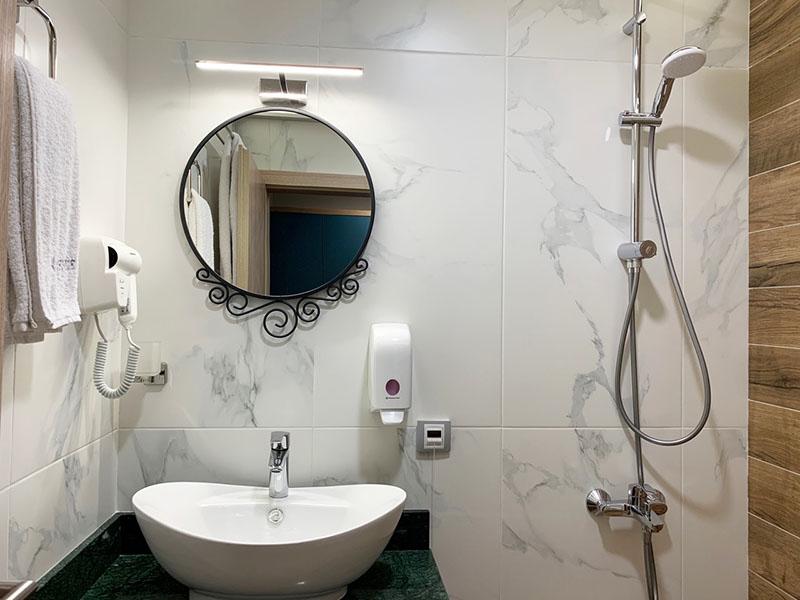 Нощувка за двама, трима или четирима от хотел Авеню, София, снимка 6