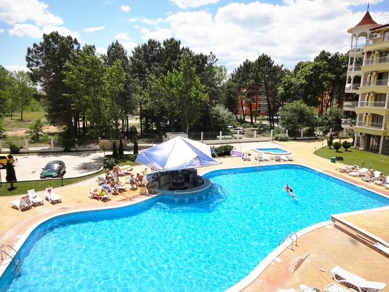 Нощувка за ДВАМА + басейн на 250 метра от плажа в хотел Съмър Дриймс, Слънчев бряг!, снимка 3