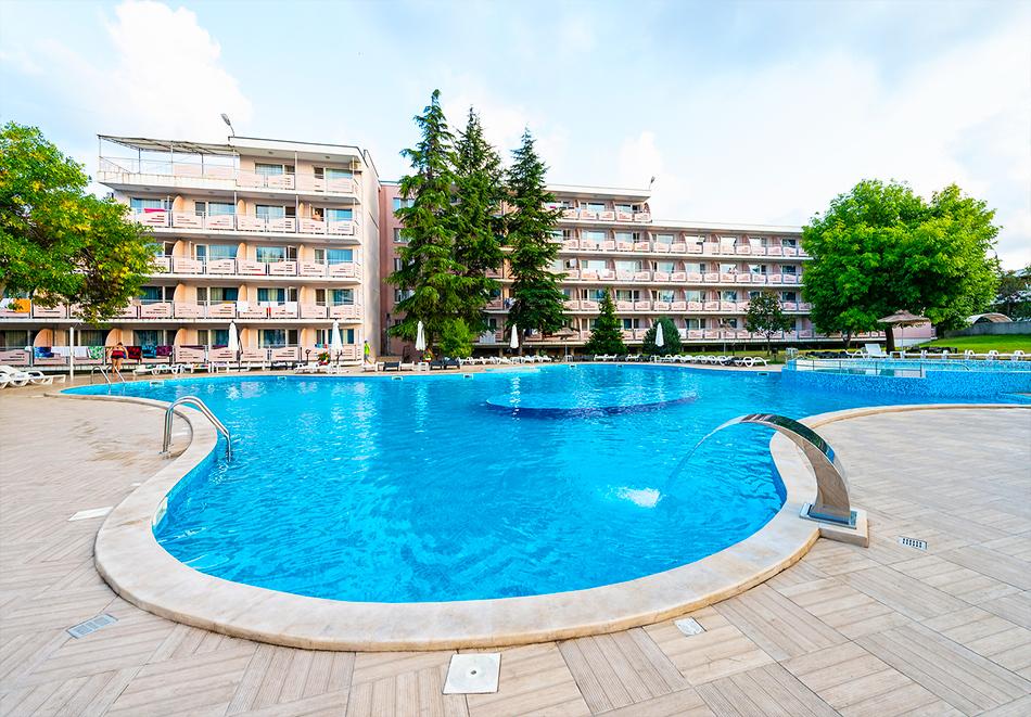 Хотел Белица, Приморско