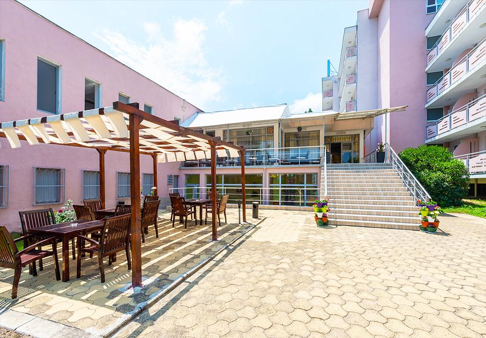 Хотел Белица, Приморско, снимка 10