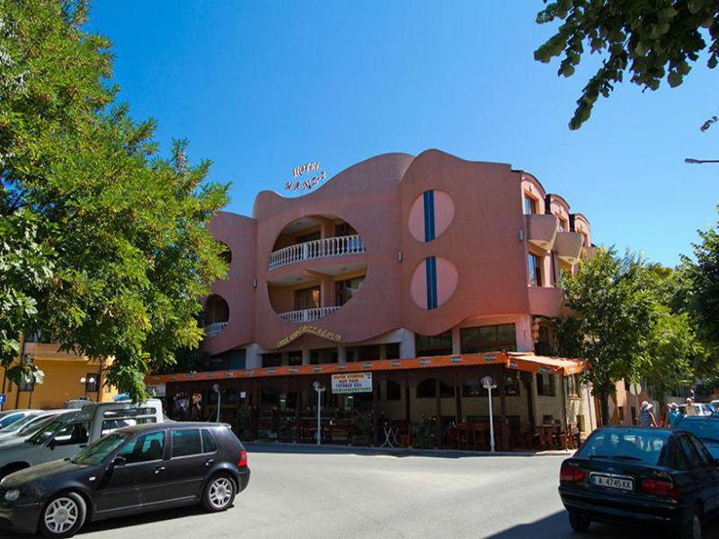 Семеен хотел Манц 2, Поморие