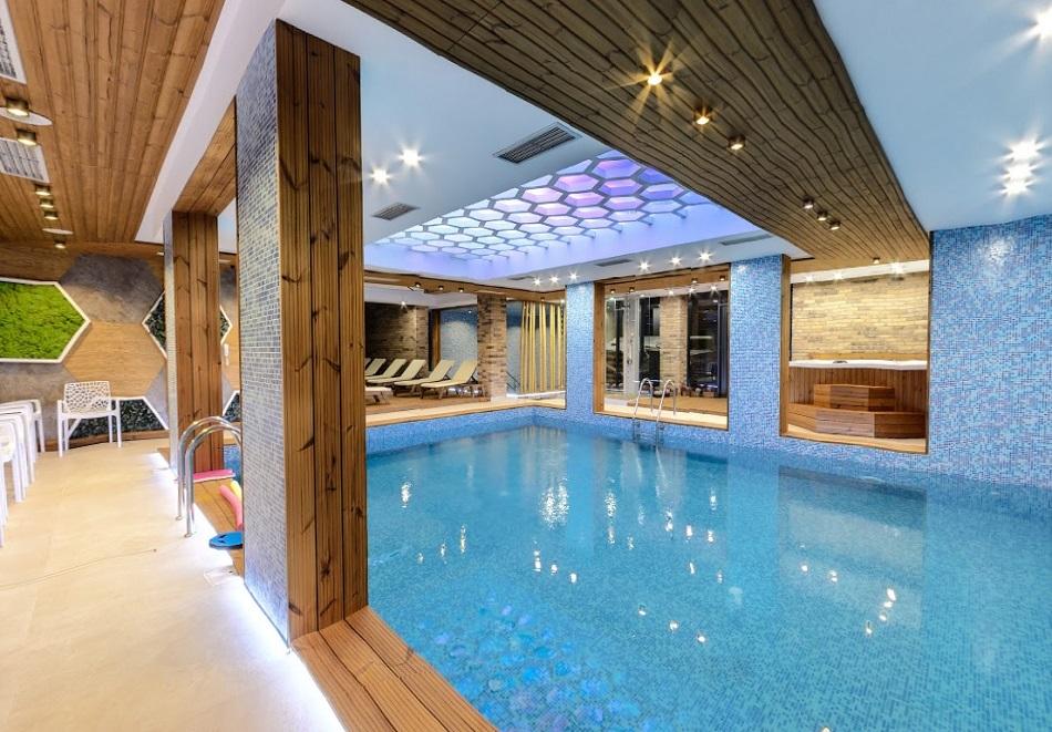 Нощувка със закуска на човек + басейн и СПА с МИНЕРАЛНА вода в СПА хотел 103°****, Сапарева баня, снимка 3