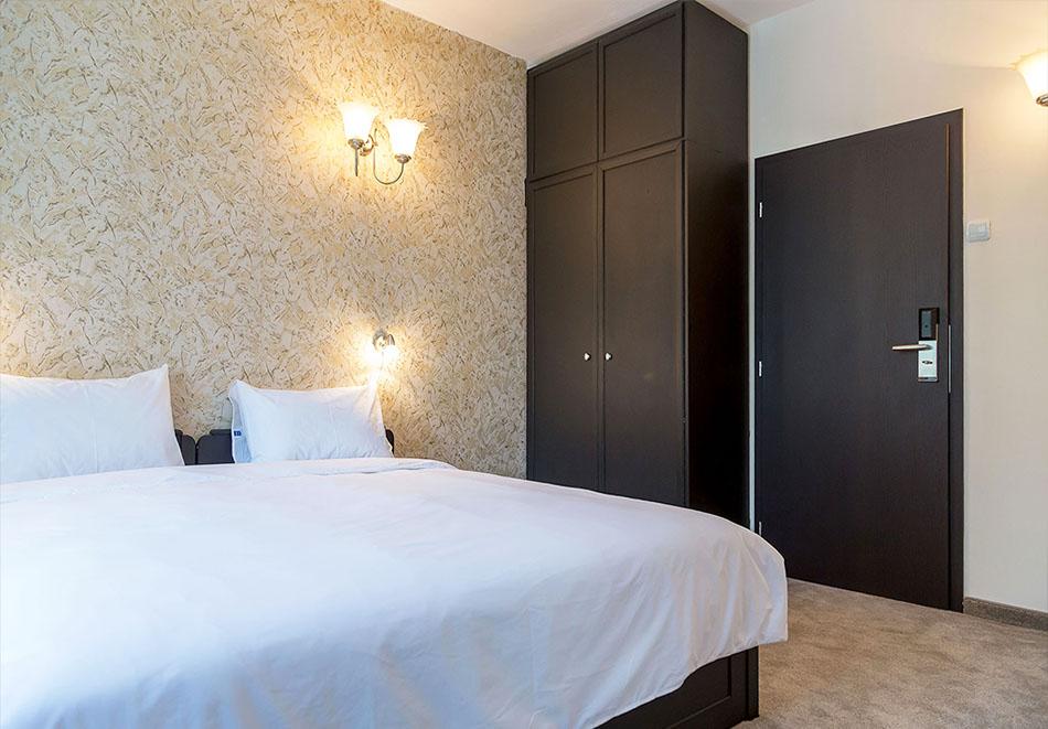 Нощувка на човек в Парк хотел Ивайло, Велико Търново, снимка 8
