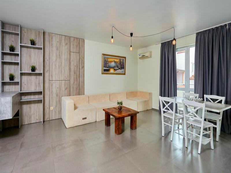 Нощувка за до петима в апартамент с 1 или 2 спални от Атлантик Апартментс, Поморие, снимка 5