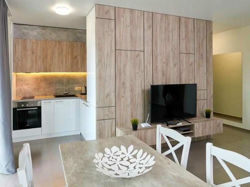 Нощувка за до петима в апартамент с 1 или 2 спални от Атлантик Апартментс, Поморие, снимка 4