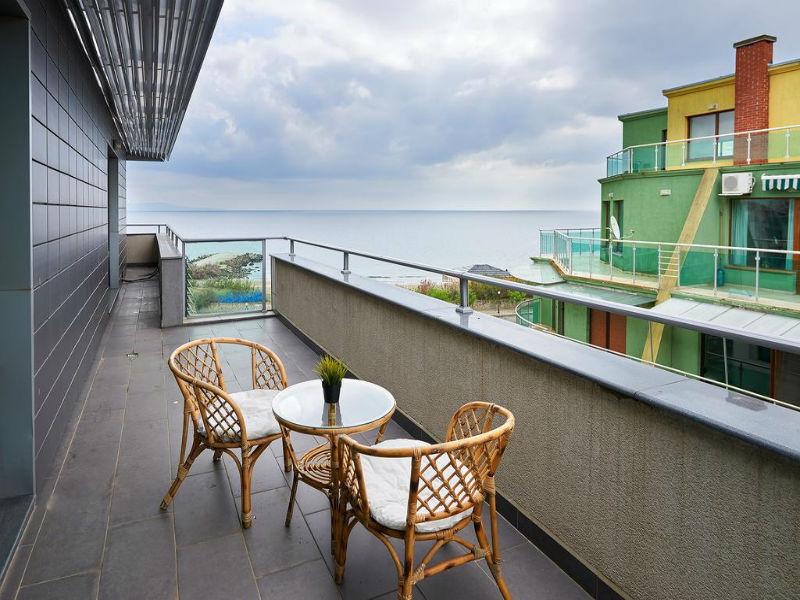 Нощувка за до петима в апартамент с 1 или 2 спални от Атлантик Апартментс, Поморие, снимка 12