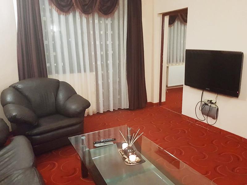 Нощувка за четирима в апартамент от Комплекс 7М, до язовир Батак, Цигов Чарк, снимка 5