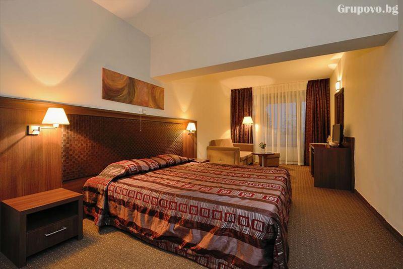 Уикенд в хотел Сана Спа****, Хисаря! 2+ нощувки за ДВАМА със закуски + минерален басейн и СПА пакет. ДЕТЕ ДО 12г. БЕЗПЛАТНО!, снимка 12