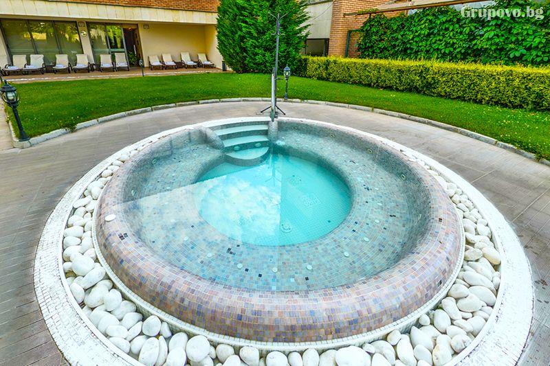 Делник в хотел Сана Спа****, Хисаря! Нощувка за ДВАМА със закуска + минерален басейн и СПА пакет. ДЕТЕ ДО 12г. БЕЗПЛАТНО!, снимка 5