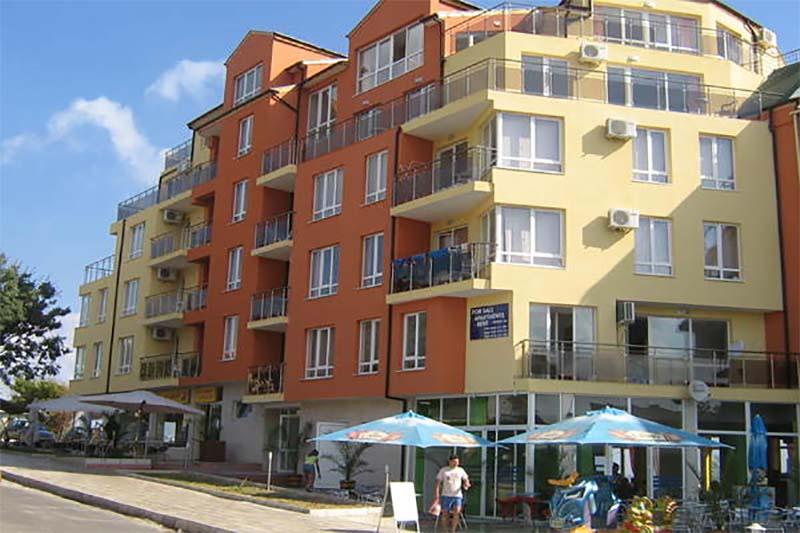Хотелски комплекс Генезис, Ахтопол