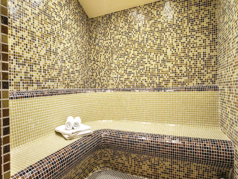 Костадиновите къщи хотел Съни Хилс и СПА, гр. Елена, снимка 4