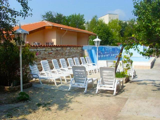 Нощувка на човек + басейн в Комплекс Елдорадо, Кранево, снимка 4