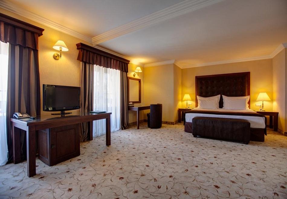 Нощувка на човек със закуска и вечеря* + СПА зона в хотел Макси*****, Велинград! Дете до 11.99г. БЕЗПЛАТНО!, снимка 10