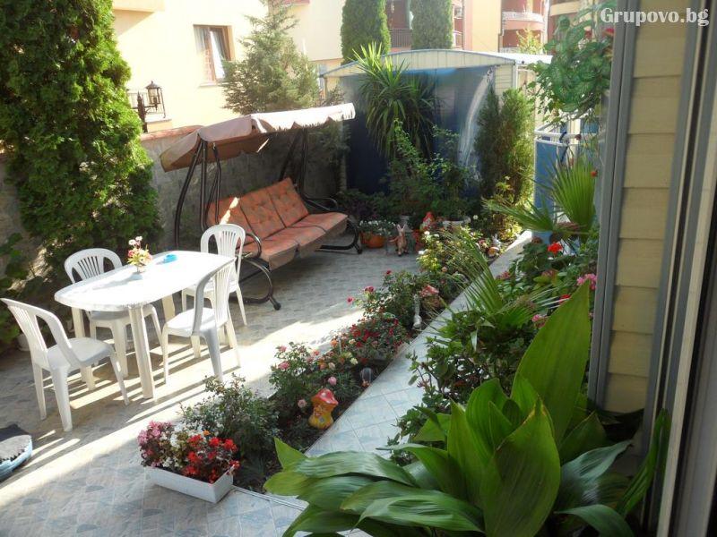 Къща за гости Сияние, Равда