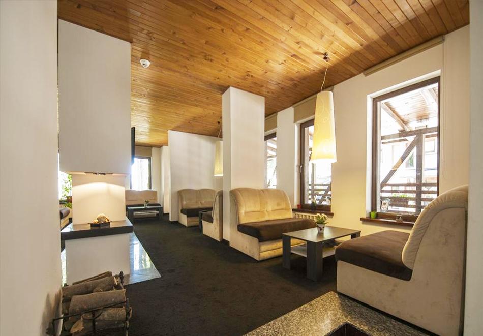 2 нощувки на човек със закуски, 1 следобедна закуска + масажи и релакс зона от Грийн Лайф Фемили Апартмънтс, Пампорово, снимка 9