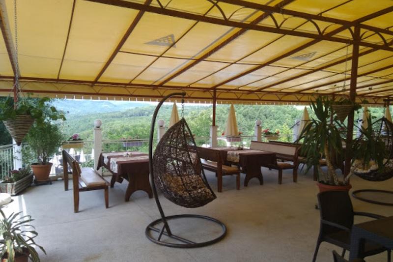 Нощувка на човек със закуска и вечеря + басейн в комплекс Балани, до Габрово, снимка 7