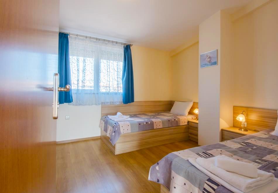 Хотел Бриз, Созопол