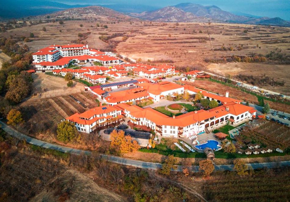 Хотелски комплекс Старосел, край Хисаря