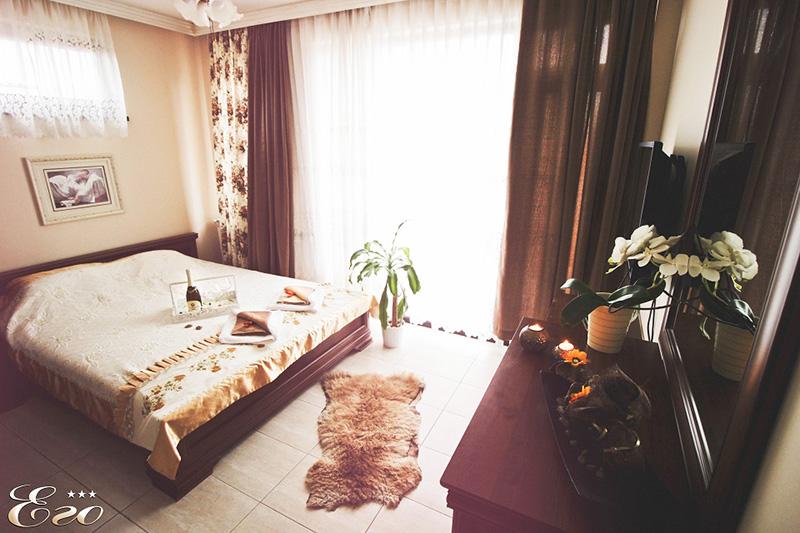 2, 3 или 5 нощувки на човек със закуски и вечери + басейн и релакс център с минерална вода в Къща за гости Его, с. Минерални бани, снимка 10