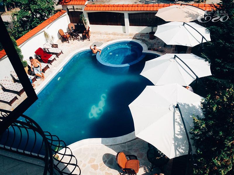 2+ нощувки на човек със закуски и вечери + басейн и релакс център с минерална вода от Къща за гости Его, с. Минерални бани, снимка 5