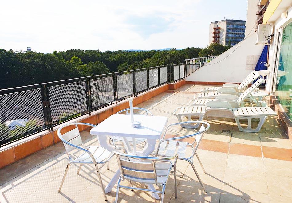 На ПЪРВА ЛИНИЯ в Китен! 5 нощувки на човек със закуски, обеди и вечери + басейн в хотел Елит, снимка 18