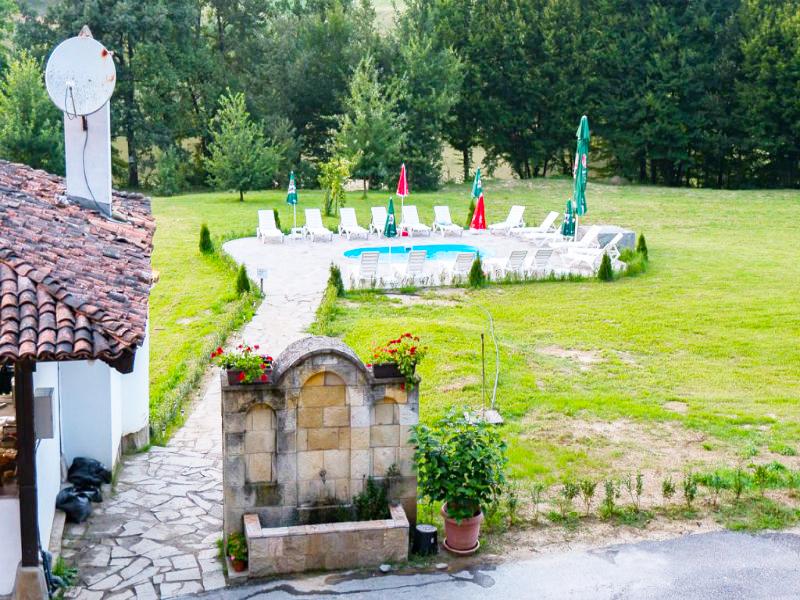 Комплекс Язовир Палици, с.Палици, край Елена, снимка 3
