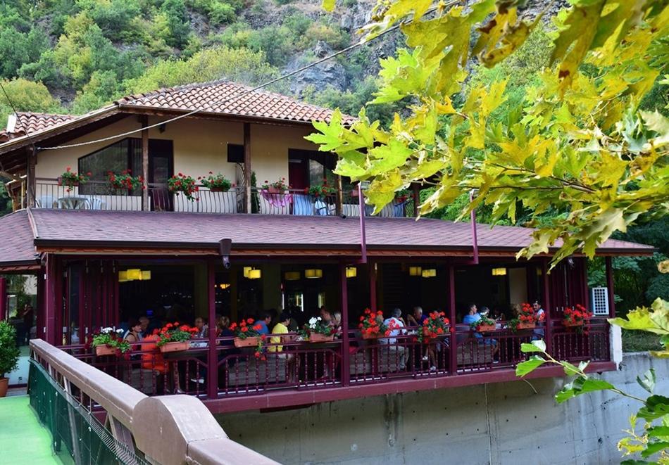 Семеен хотел Вила Рай, Огняново, снимка 2