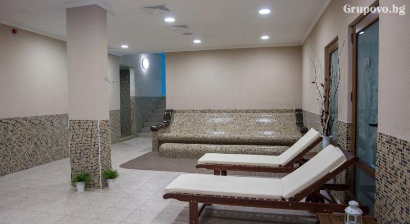 4 или 5 делнични нощувки на човек със закуски + МИНЕРАЛЕН басейн, сауна и парна баня в хотел Си Комфорт***, Хисаря, снимка 6