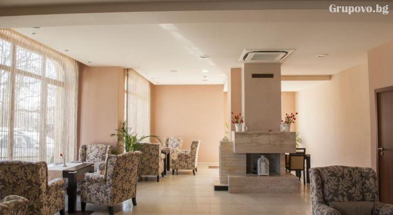 4 или 5 делнични нощувки на човек със закуски + МИНЕРАЛЕН басейн, сауна и парна баня в хотел Си Комфорт***, Хисаря, снимка 9