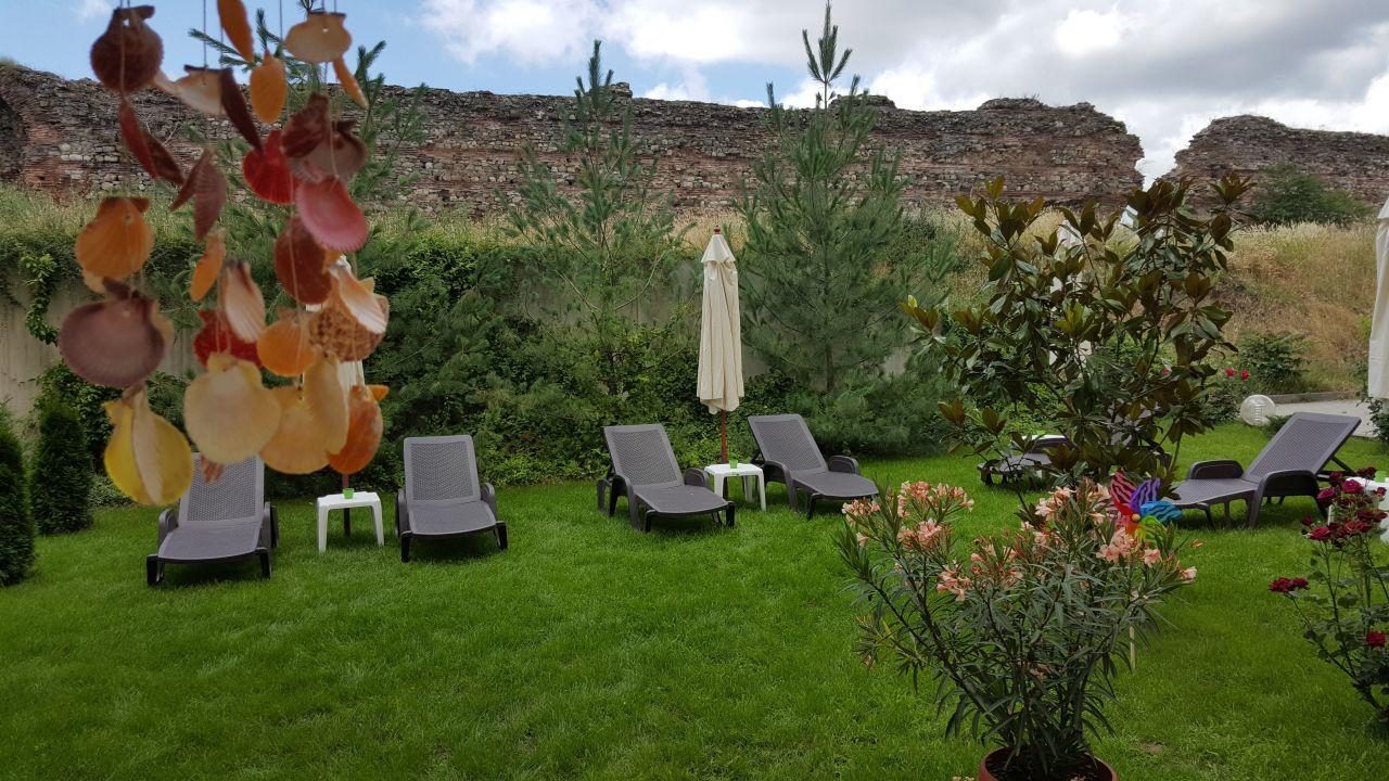 4 или 5 делнични нощувки на човек със закуски + МИНЕРАЛЕН басейн, сауна и парна баня в хотел Си Комфорт***, Хисаря, снимка 11