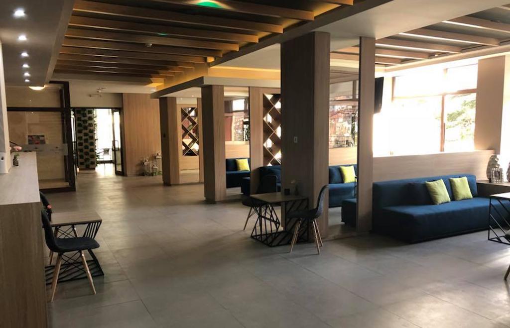 Нова година в СПА хотел Девин****. 2, 3 или 4 нощувки на човек със закуски + празнична вечеря + минерален басейн и СПА пакет, снимка 20