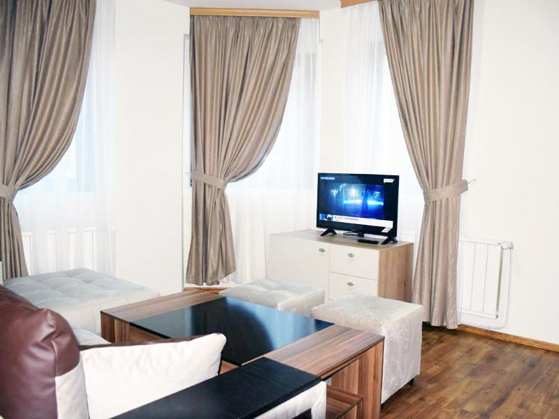Нощувка за двама със закуска + минерален басейн и релакс пакет в къща за гости към хотел Родопа, с. Баните, край Смолян, снимка 5