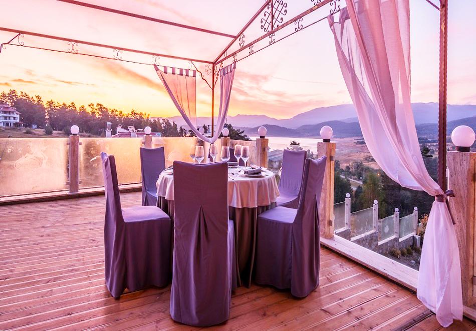 Нощувка, закуска и вечеря на човек + 2 басейна и релакс център в НОВООТКРИТИЯ хотел Каталина Ризорт****, Цигов чарк, снимка 14