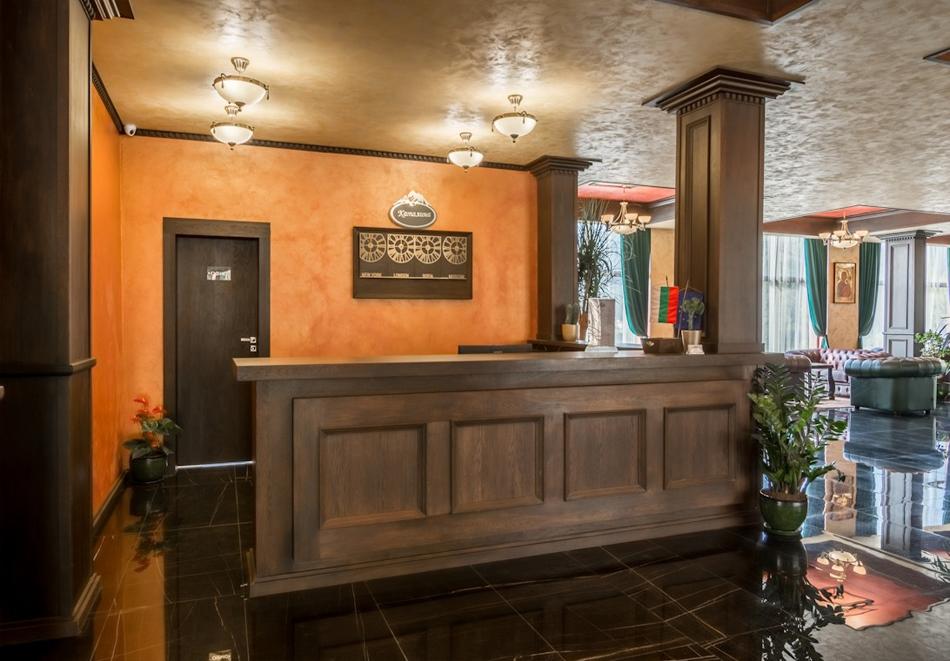 Нощувка, закуска и вечеря на човек + 2 басейна и релакс център в НОВООТКРИТИЯ хотел Каталина Ризорт****, Цигов чарк, снимка 18