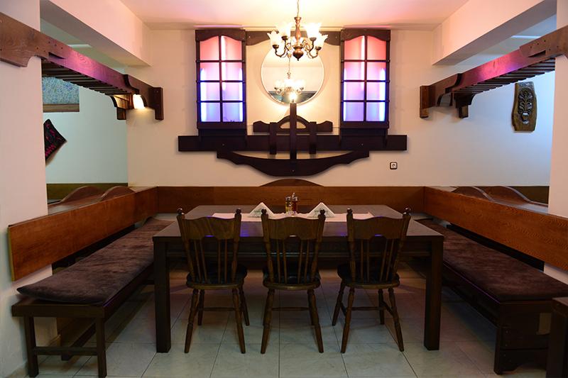 4 нощувки на човек със закуски и вечери от Семеен хотел Холидей Груп, Банско, снимка 5