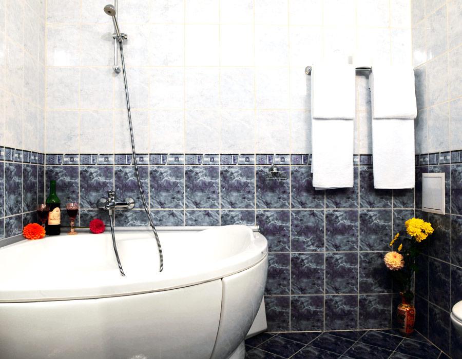 Нощувка на човек със закуска в хотел Лъки, Велико Търново, снимка 7
