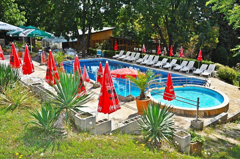 All Inclusive + басейн на супер цена от хотел Нептун к.к. Константин и Елена. Дете до 12 г. БЕЗПЛАТНО!!!, снимка 3