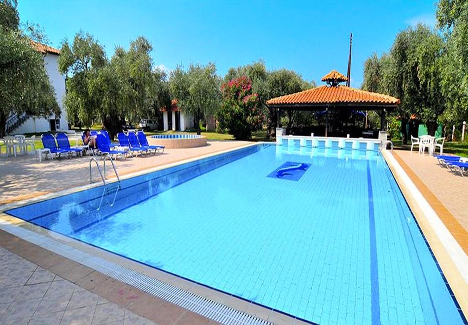 Хотел Coral, Скала Рахони о. Тасос