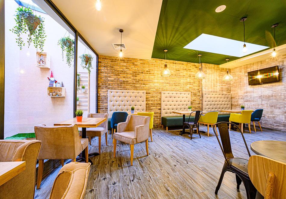 2 или 3 нощувки на човек със закуски и вечери с напитки + ТОПЪЛ басейн и релакс зона от хотел Антик, Павел Баня, снимка 16