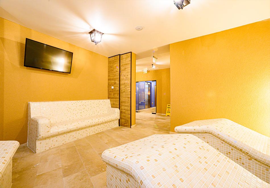 2 или 3 нощувки на човек със закуски и вечери с напитки + ТОПЪЛ басейн и релакс зона от хотел Антик, Павел Баня, снимка 6