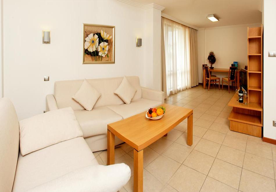 2+ нощувки на човек със закуски + басейн и СПА в хотел Емералд Резорт Бийч и СПА*****, Равда!, снимка 10
